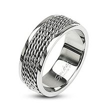Polished Chain Linked Center 9mm Width Stainless Steel Band Ring