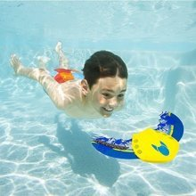 SwimWays Zoom-A-Ray, Swimming Pool Toy and Diving Game (Colours May Vary)