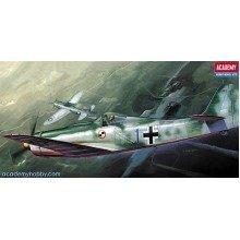 Aca12439 - Academy 1:72 - Fw 190d-9 Papagel Staffel