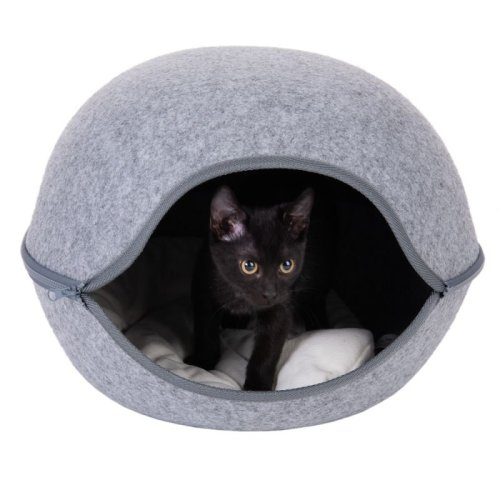 Cat Sleeping Deb Bed Ideal for Small Dogs Too Protection From Draughts