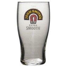 JOHN SMITH'S EXTRA SMOOTH 1 PINT GLASS